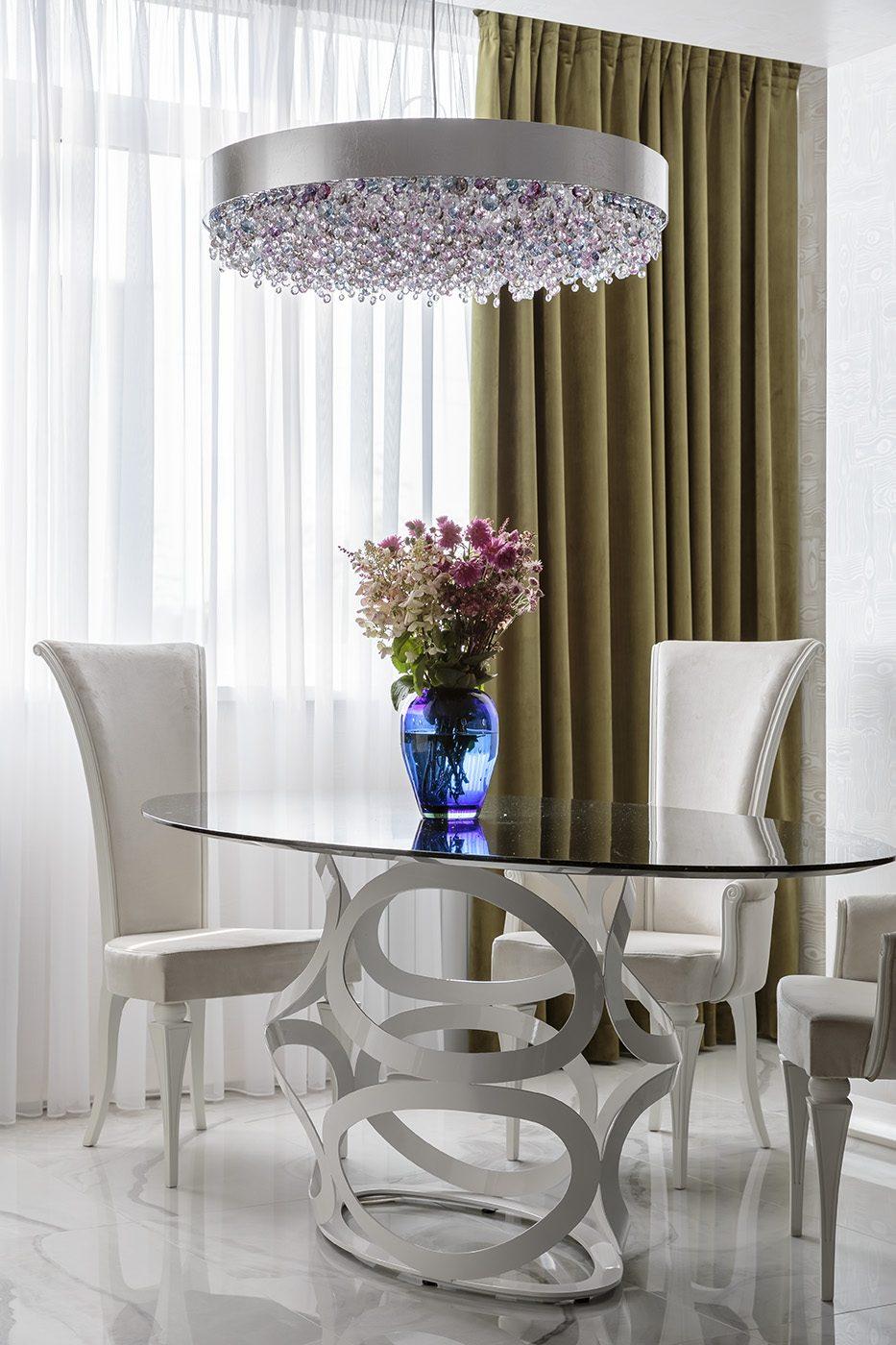 Дизайн интерьера гостиной с объединенной лоджией